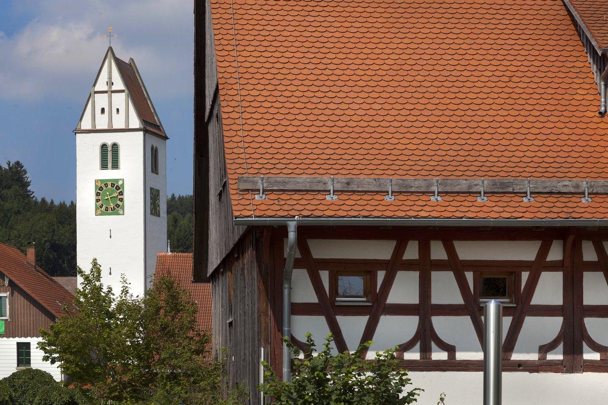 Reichenhofen Kirche und Pfarrstadel