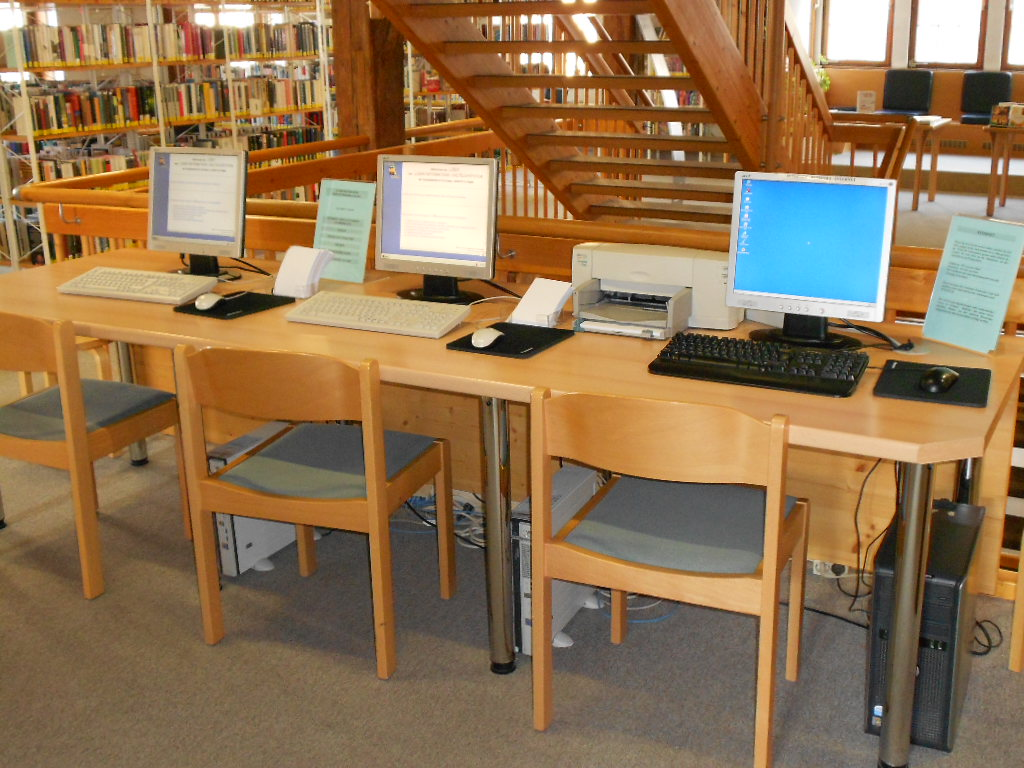Stadtbibliothek 2. Obergeschoss, PC-Arbeitsplätze