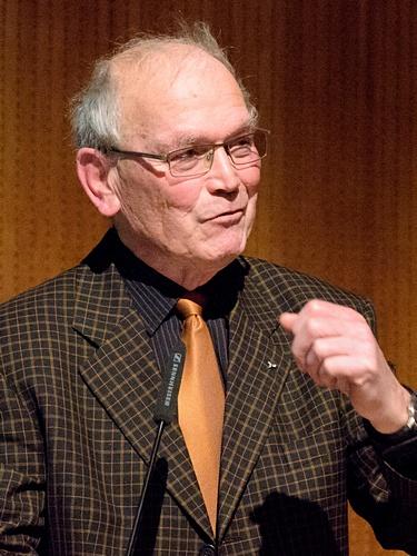 Albrecht Roth