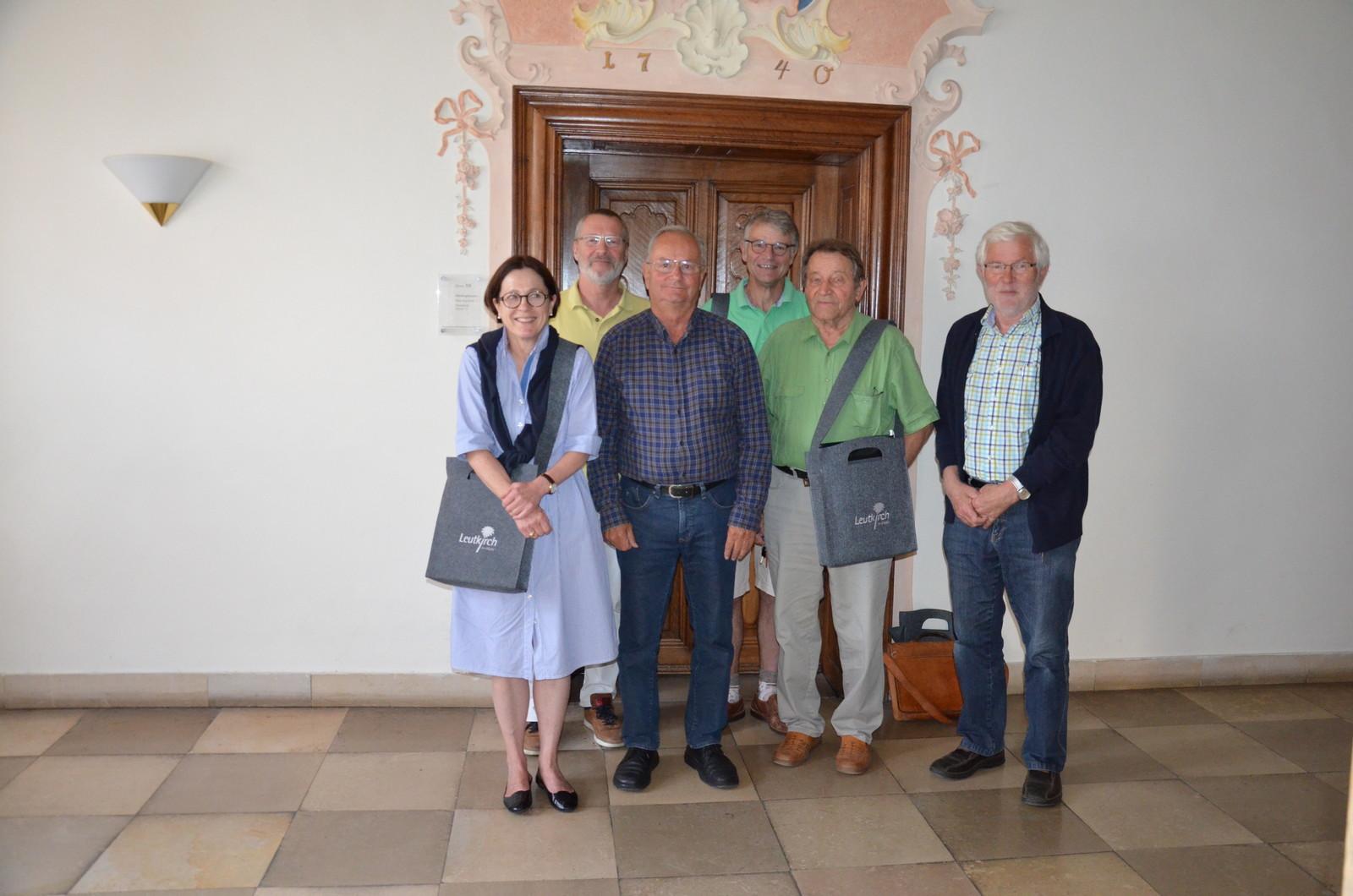 Das Team der Stadtführer: Dr. Alexandra Fesseler, Claudio Uptmoor, Hartmut Stiegler, Herbert Kühnbach, Emil Hösch, Prof. Manfred Thierer (von links)