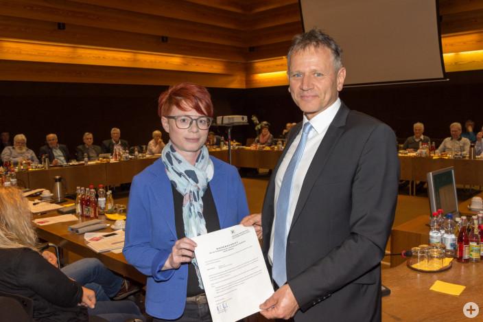 Sybille Meßmer wurde von OB Henle als neue Stadträtin verpflichtet.