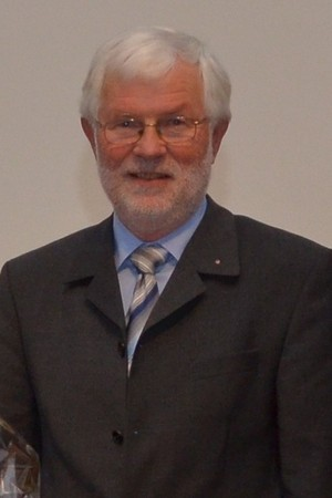 Prof. Dr. Manfred Thierer