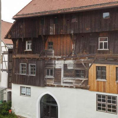 Blick auf das Gotische Haus - das älteste Haus der Stadt