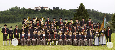 Gruppenbild der Musikkapelle Schloss Zeil e.V.