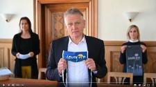 Oberbürgermeister Hans-Jörg Henle appelliert an die Leutkircher Bevölkerung Gesichtsmasken, zum Schutz anderer, zu tragen.
