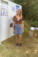 """Laura Holzhofer betreut das Projekt KERNiG bei der Stadt Leutkirch und hat an der """"Genusstour"""" über das Projekt informiert."""