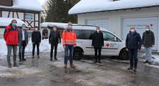 Auf dem Bild sind von links nach rechts folgende Unterstützer zu sehen: BM Rainer Magenreuter (Isny), BM Thomas Kellenberger (Aitrach), BM Roland Sauter (Argenbühl), OB Michael Lang (Wangen), DRK-Geschäftsführer Jörg Kuon, OB Hans-Jörg Henle (Leutkirch),