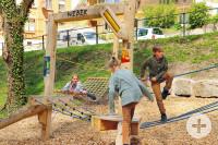 Spieloasen- und Erlebnisweg: Station 3 - Weber