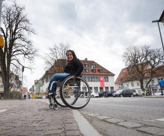 Bordsteinabsenkungen, die helfen mit dem Rollstuhl leichter von A nach B zu kommen, wurden hergestellt.