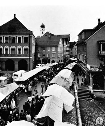 Der Gallusmarkt in Leutkirch 1973 fotografiert von Rupert Leser