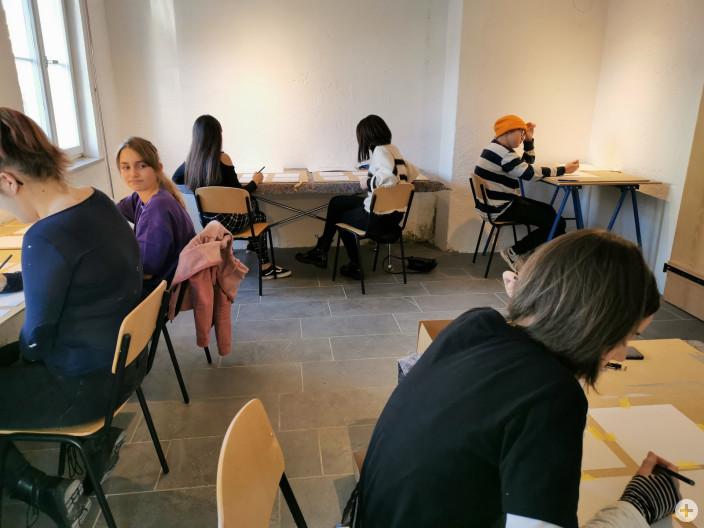 Jugend Kreativ Symposium_sau rauslassen