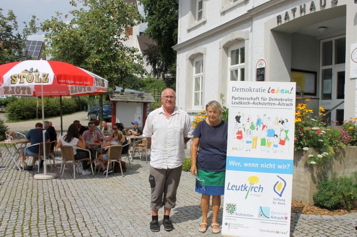 """Gelebte Demokratie im Cafe """"Alte Schule"""""""