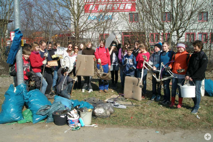 Frühjahrsputzete 2012, damalige Klasse 6e der Otl-Aicher-Realschule