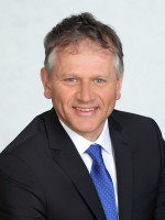 Oberbürgermeister Hans-Jörg Henle